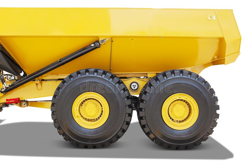 Duas rodas grandes de um grande caminhão basculante fotos de stock royalty free