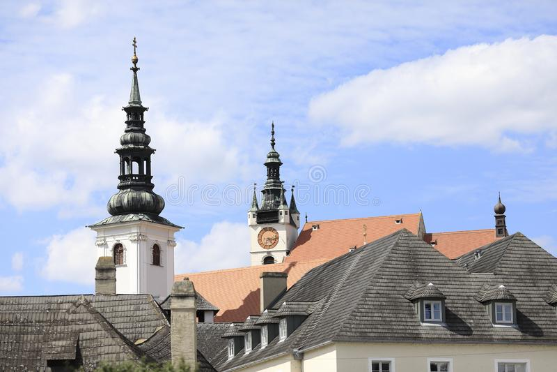 Duas torres de igreja, Krems, Baixa Áustria fotografia de stock royalty free