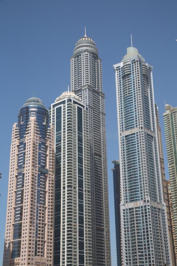 Dubai 2012 arabskich gromadzkich emiratów maszerują marina fotografię brać jednoczącą obraz stock
