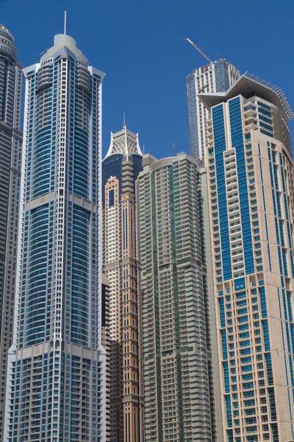 Dubai 2012 arabskich gromadzkich emiratów maszerują marina fotografię brać jednoczącą obraz royalty free