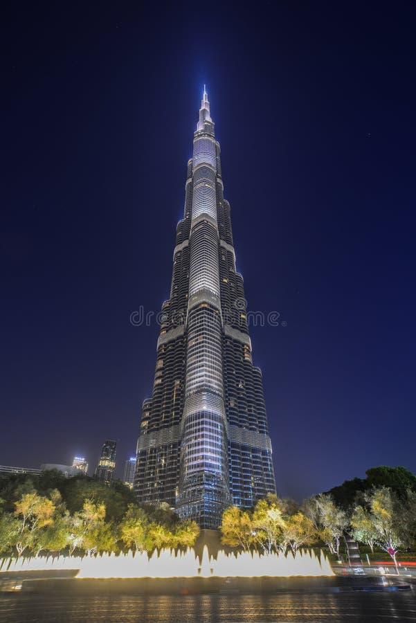 Dubai Burj Khalifa na noite imagens de stock