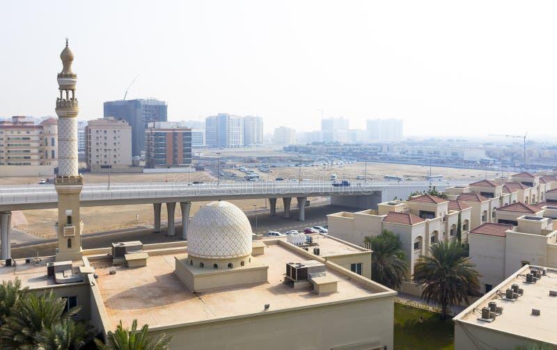 Dubai cityscape, Förenade Arabemiraten royaltyfria bilder