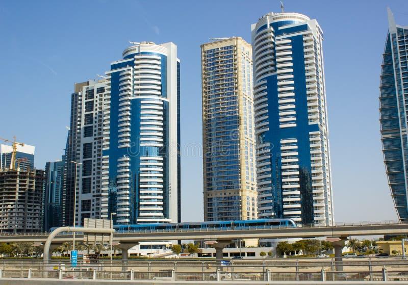 Download Dubai da baixa foto de stock. Imagem de carro, construído - 107529426