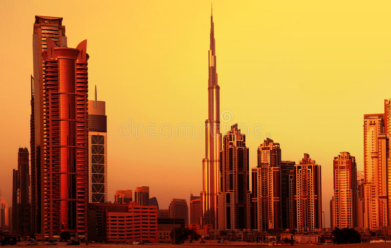 Dubai da baixa no por do sol fotos de stock royalty free