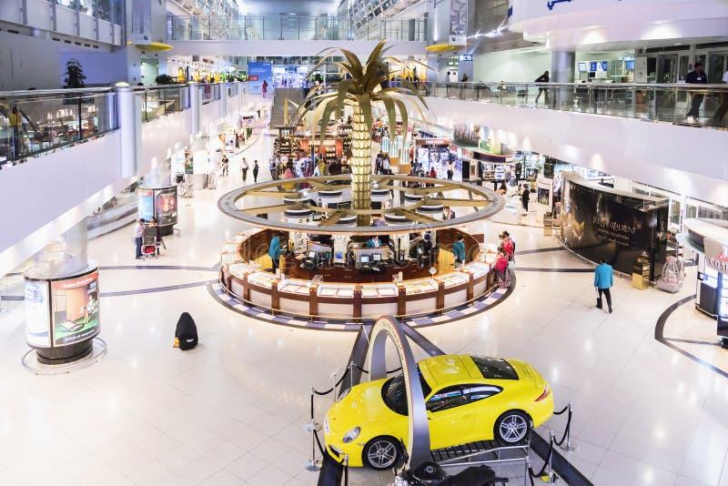 DUBAI INTERNATIONAL lotnisko 9 Marzec 2015 obrazy royalty free