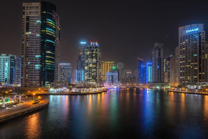 Dubai marina i UAE royaltyfri bild