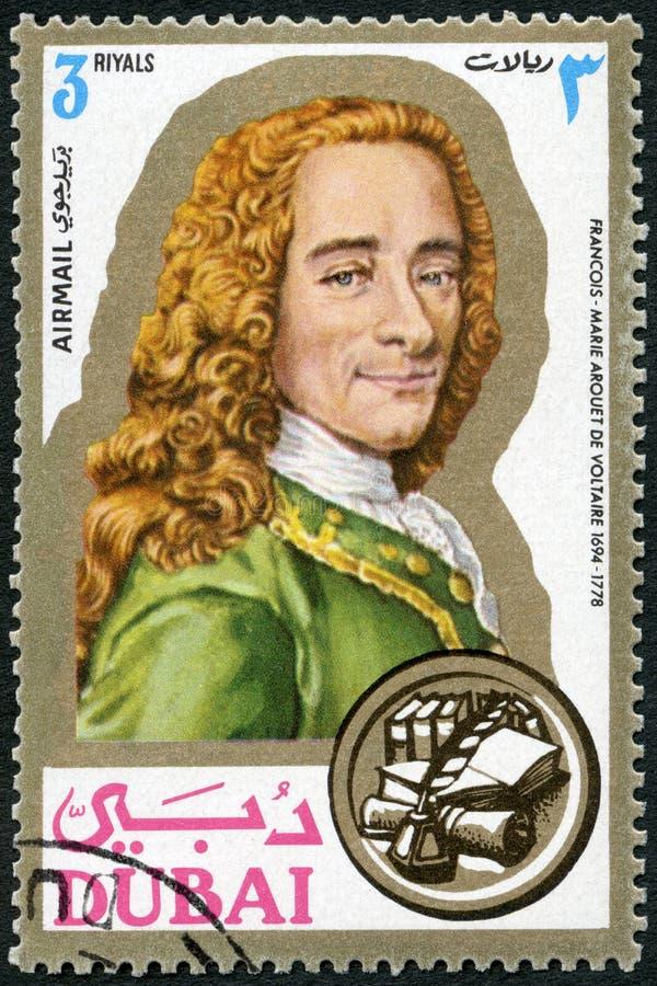DUBAI - 1971: muestra a Francois Marie Arouet de Voltaire 1694-1778, escritor, retratos foto de archivo libre de regalías