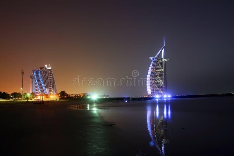 Dubai-Nacht stockfotografie