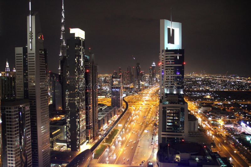Dubai-Nachtskyline stockfotografie