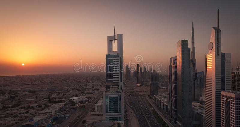 Dubai Shiekh Zayed Road Sunset fotos de archivo