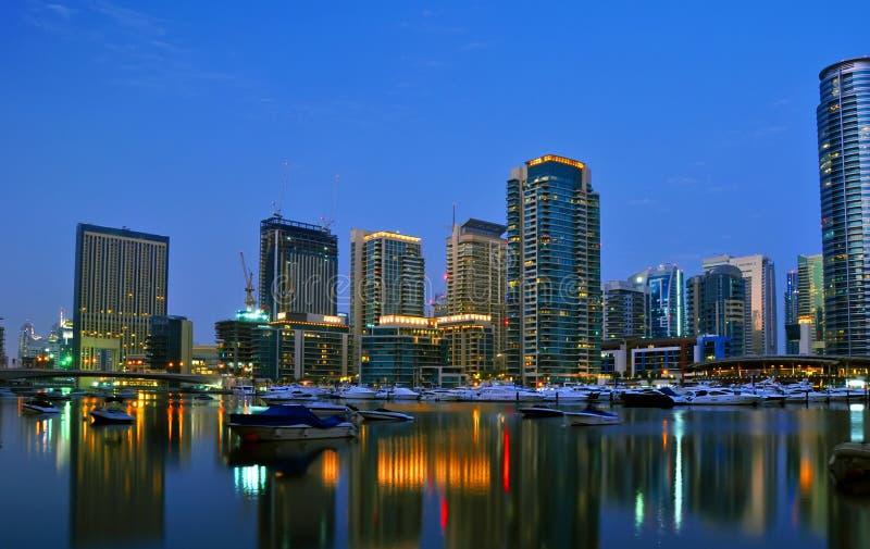 Dubai-Stadt Scape Nachtszene 5 stockfoto
