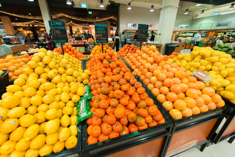 Dubai-Supermarkt Waitrose am 8. August ich stockbilder