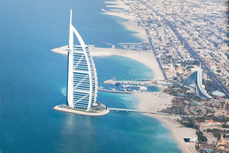 Dubai, UAE. Burj Al-Araber von oben lizenzfreies stockfoto