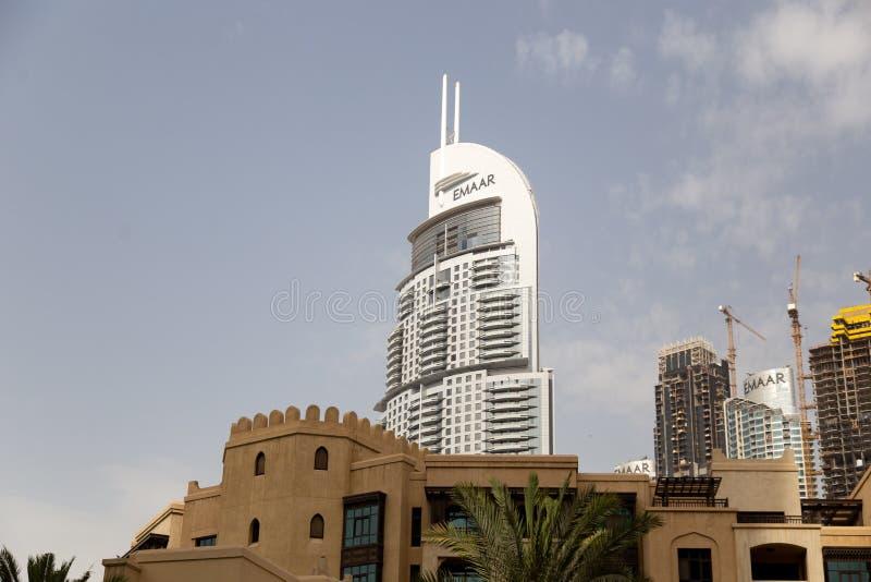 DUBAI, UAE - 13 DE NOVEMBRO DE 2018: O hotel do centro de Dubai do endereço imagens de stock