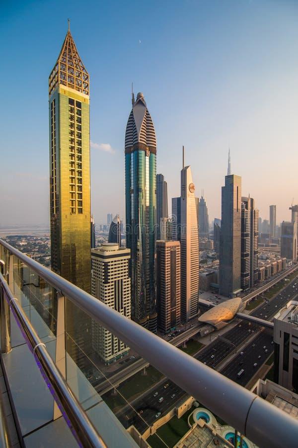 Dubai, UAE - octubre de 2018. Vista aérea de Dubai céntrico en un día del otoño, United Arab Emirates imagen de archivo libre de regalías