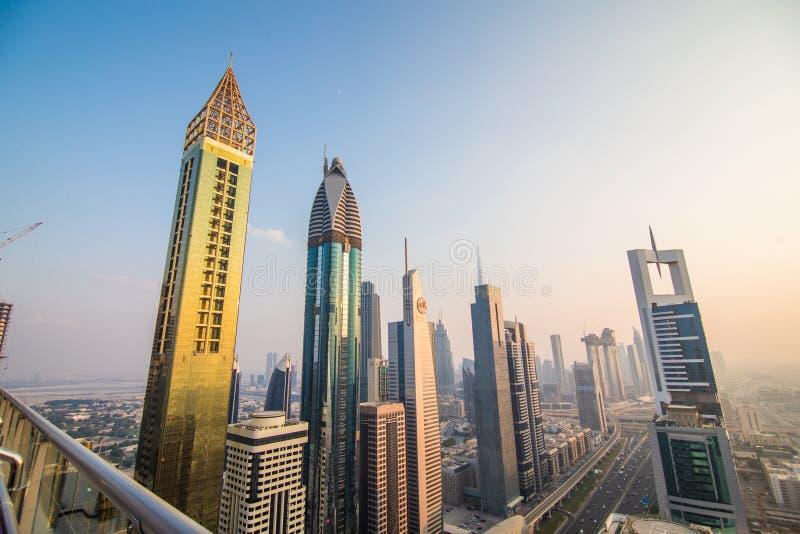 Dubai, UAE - octubre de 2018. Vista aérea de Dubai céntrico en un día del otoño, United Arab Emirates foto de archivo libre de regalías
