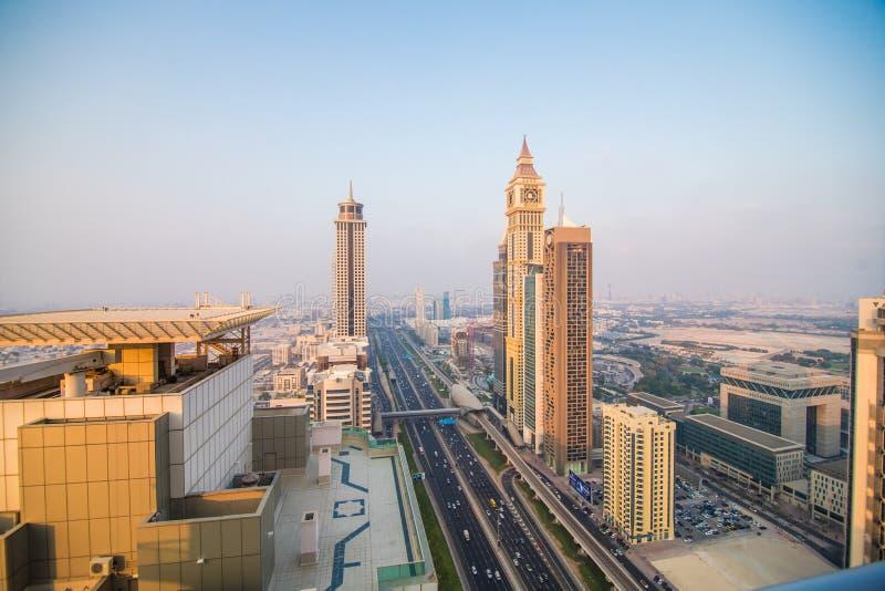 Dubai, UAE - octubre de 2018. Vista aérea de Dubai céntrico en un día del otoño, United Arab Emirates imagen de archivo