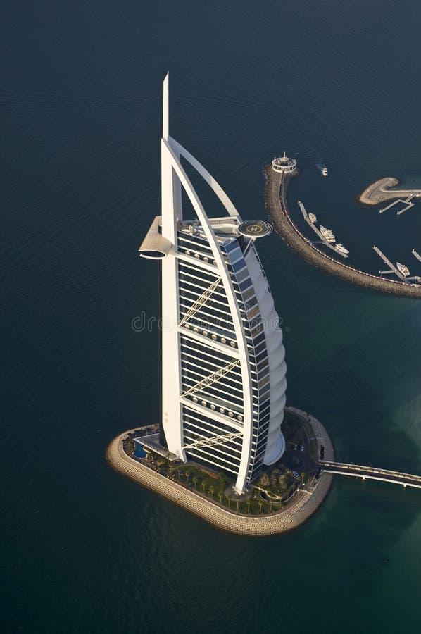 Dubai, vista do hotel do árabe do al de Burj fotos de stock royalty free