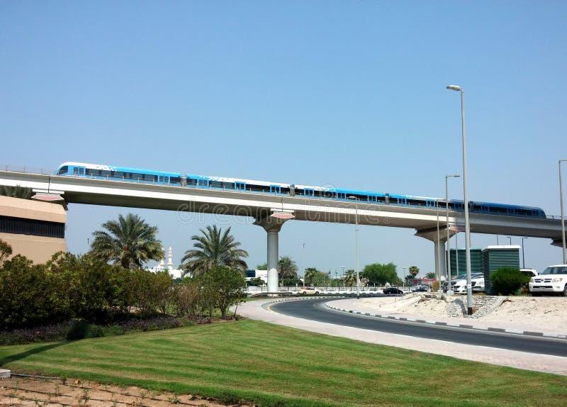 Download Dubaj metro fotografia editorial. Obraz złożonej z podróż - 57667627