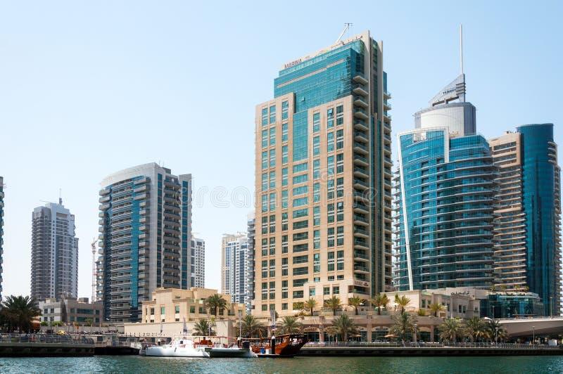 DUBAJ, UAE - MAJ 5,2017: Nowożytni budynki w Dubaj Marina dalej mogą 5, 2017, Dubaj, UAE zdjęcie royalty free
