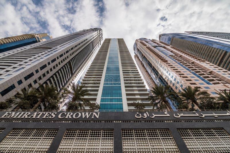 Dubaj Zjednoczone Emiraty Arabskie, Pa?dziernik, -, 2018: Nowo?ytnej architektury wysoki wzrost i wysocy budynki w Dubaj Marina,  obrazy stock