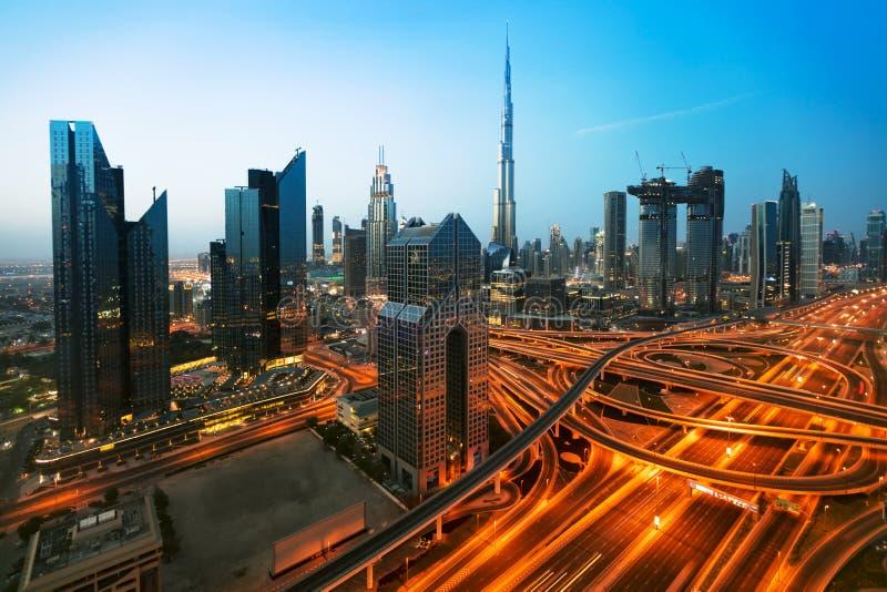 Dubaj zmierzchu panoramiczny widok śródmieście obraz royalty free
