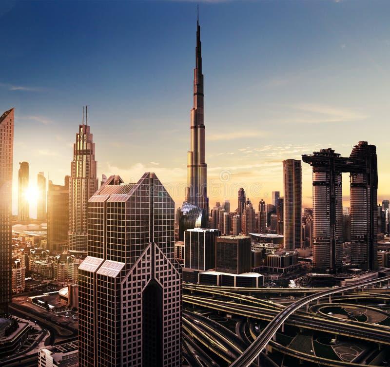 Dubaj zmierzchu panoramiczny widok śródmieście zdjęcia stock
