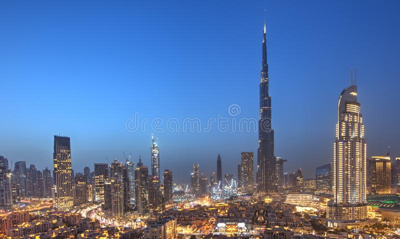 Dubaj zmierzchu panoramiczny widok śródmieście fotografia stock