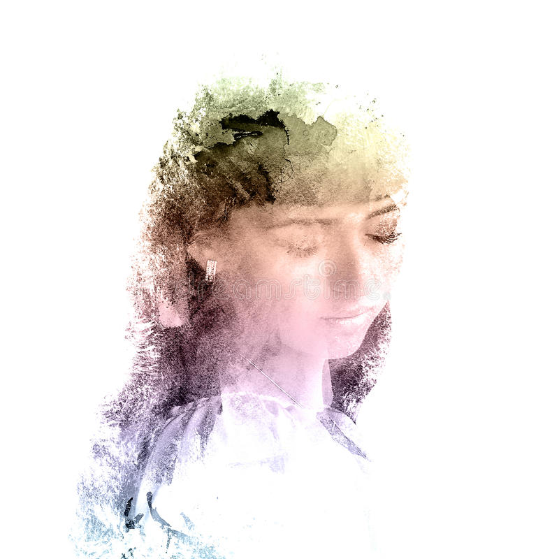 Dubbel exponering av en ung härlig flicka Målad stående av en kvinnlig framsida Mång--färgad bild som isoleras på vit bakgrund stock illustrationer