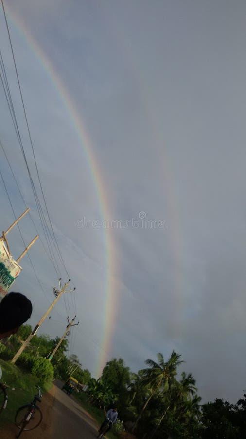 dubbel regnbåge arkivbilder