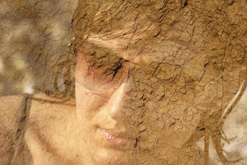 Dubbele belichtingsportret van een vrouw stock afbeelding