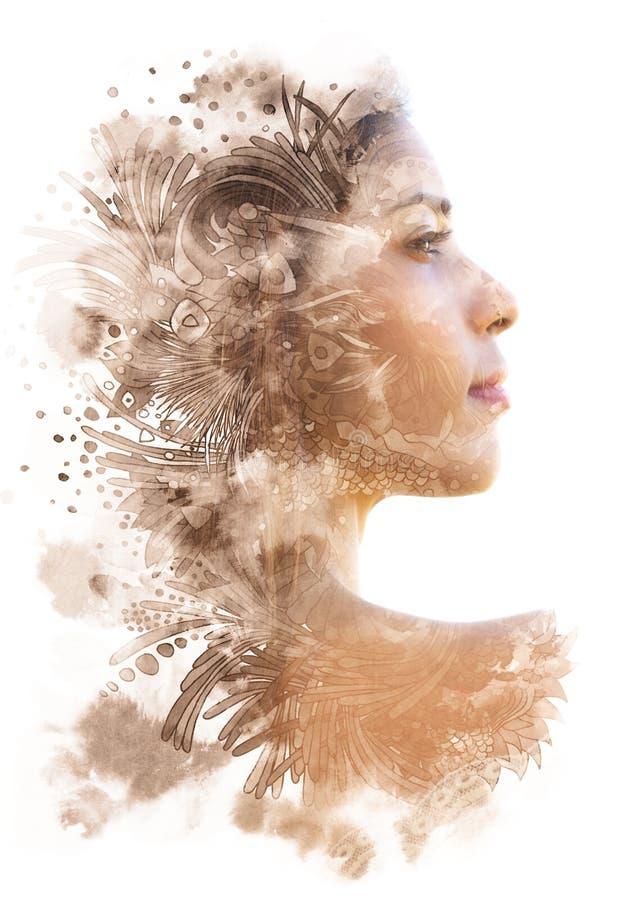 Dubbele blootstelling Paintography Het profielportret van een aantrekkelijke vrouw met sterke eigenschappen combineerde met ongeb royalty-vrije illustratie