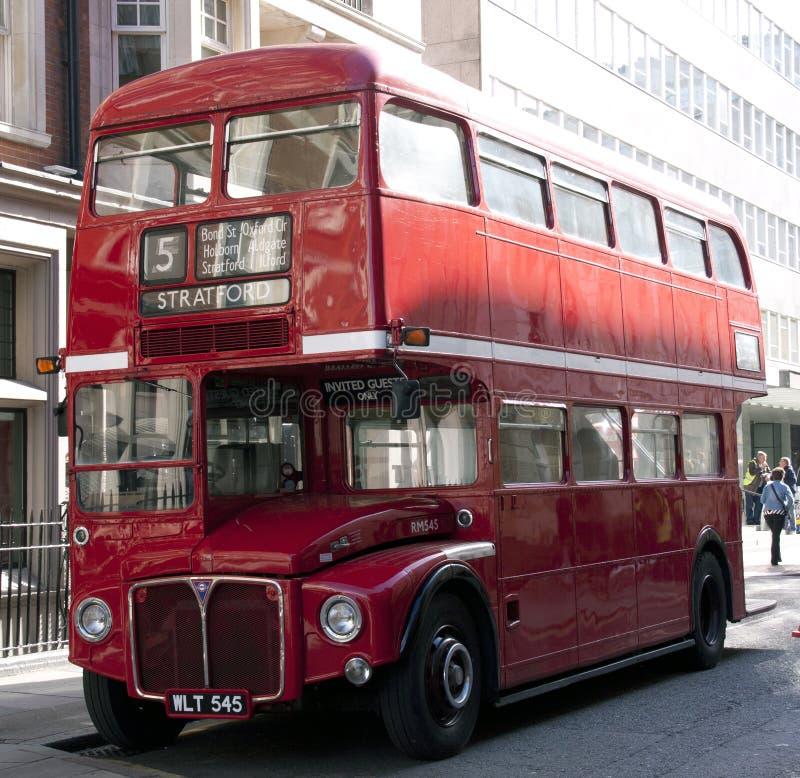 Dubbele dekkerbus Londen het UK Engleand royalty-vrije stock afbeelding