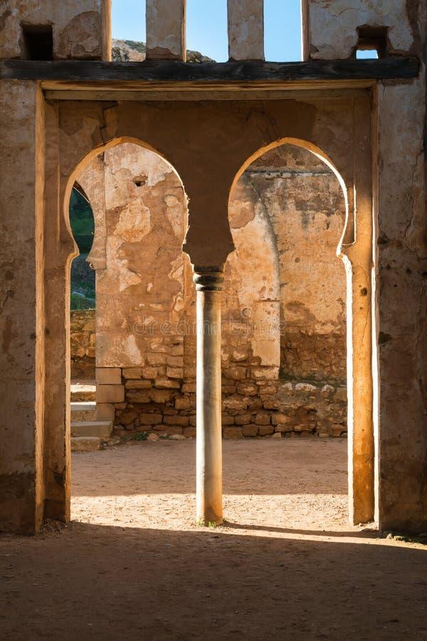 Dubbele poort in Chellah, Rabat, Marokko royalty-vrije stock foto's
