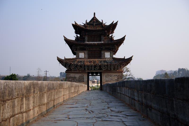 Dubbla Dragon Bridge royaltyfri fotografi