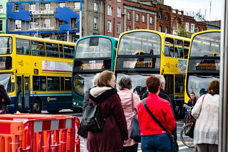 DUBLÍN, IRLANDA - 30 DE AGOSTO DE 2017: Ciudad de Dublin Ireland imágenes de archivo libres de regalías