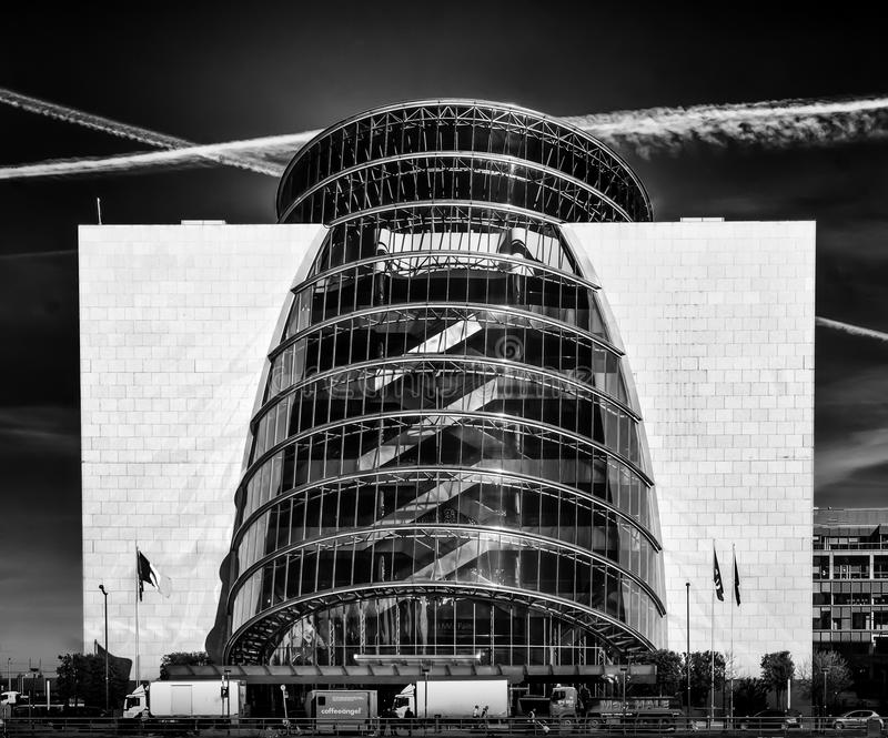 Dublin--Dkonferenzzentrum B&W stockfotografie