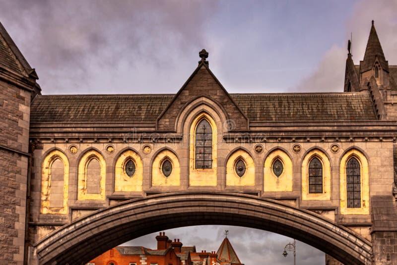 Dublin Irland —mars 2019 B?ge av Kristuskyrkadomkyrkan i Dublin, Irland royaltyfri bild
