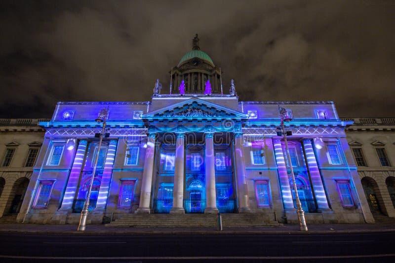Dublin, Irlandia, 30 Styczeń 2016 OBYCZAJOWY dom Świateł przedstawienia, nowego roku festiwal obraz royalty free