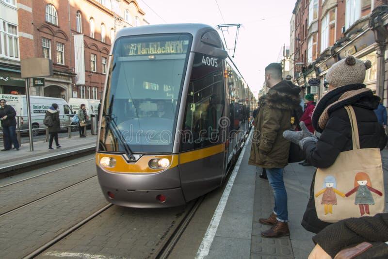 Dublin Streetcar (Luas) - Dublin - Ierland stock foto's