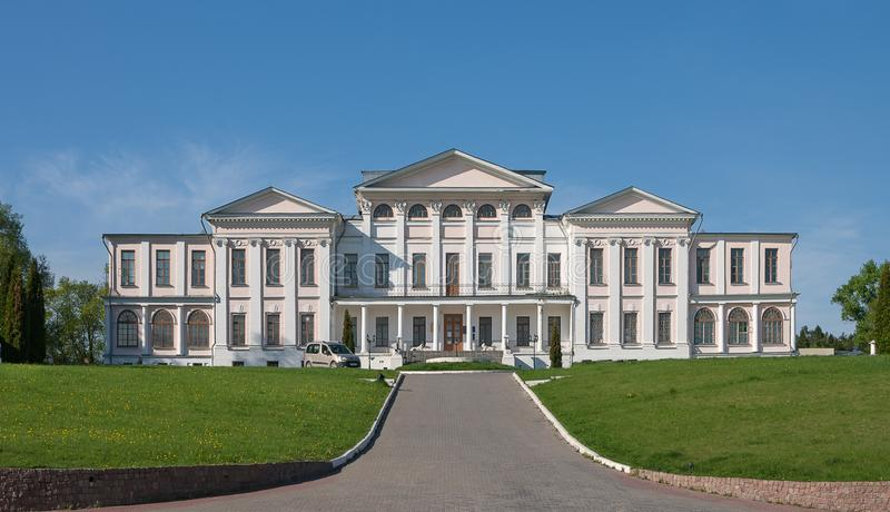 Dubrovitsy,莫斯科地区,俄罗斯 Golitsyn王子议院在Dubrovitsy庄园里在莫斯科地区 图库摄影