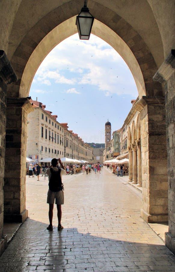 dubrovnik περάστε την οδό στοκ εικόνες
