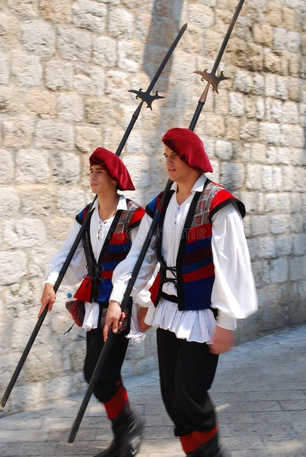dubrovnik φρουρές στοκ εικόνες