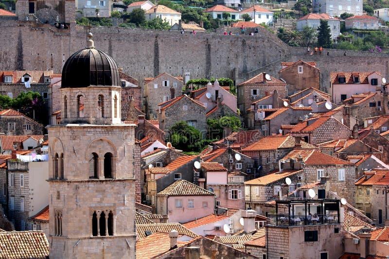 Dubrovnik apelsintak royaltyfria bilder