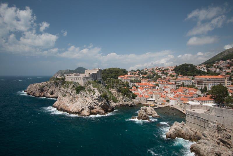 Dubrovnik auf der adriatischen Küste stockbilder