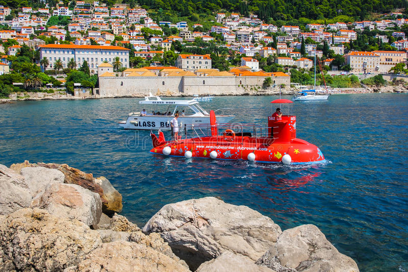 Dubrovnik-Croácia-submarino fotografia de stock royalty free