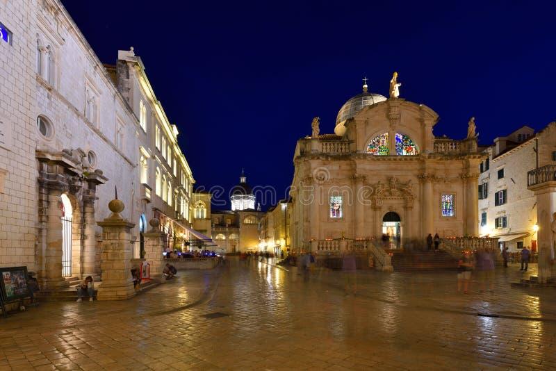 DUBROVNIK KROATIEN - Dubrovnik gammal stad arkivbild