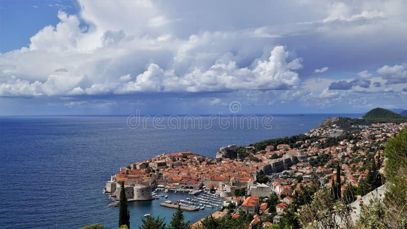 Dubrovnik-Perle des adriatischen Meeres, Kroatien lizenzfreies stockbild