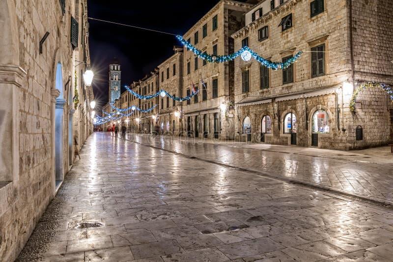 Dubrovnik Stradun en la noche fotos de archivo libres de regalías