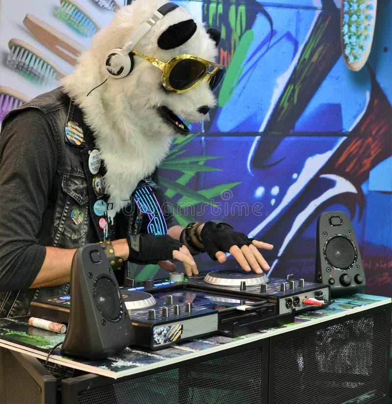 Dubstep und elektronischer Partylöwe lizenzfreie stockfotos
